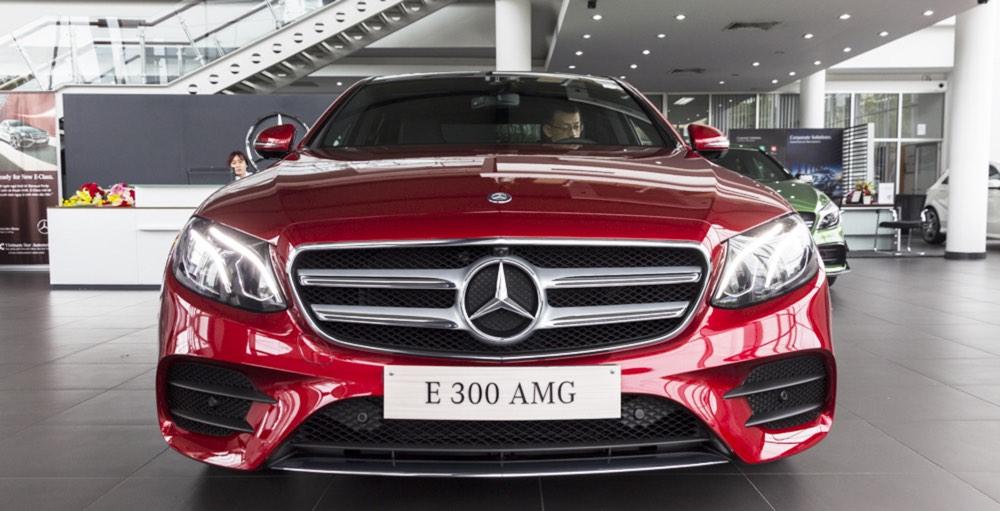 Đánh giá xe Mercedes-Benz E-Class 2017: Xe sang tầm trung đáng mua bậc nhất năm 2017