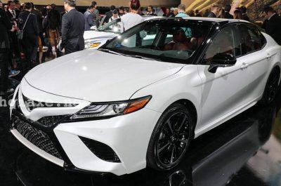 Toyota Camry 2018 thay đổi ngoạn mục về thiết kế với phong cách thể thao